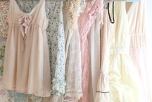 Clothing - Dresses / by Ivy Eden