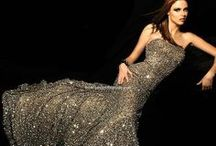 Gorgeous Gowns / by Patty Nowell-Odom
