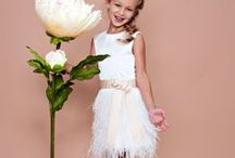 FLOWERgirl / Bruidsmeisjes jurkjes bruidsmeisjesjurkjes Flowergirl dresses communiejurkjes bruidskinderkleding bruidsmode kinderen feestjurkje meisje bridesmaid girl child kinderkleding kinderkledingmode