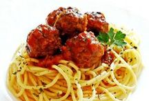 Fast & Easy Pasta Recipes / Quick and easy pasta recipes that are perfect for busy weeknights.