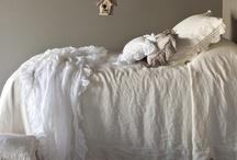 bedroom / bedding