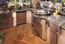 Outdoor kitchens / by Marty Smith