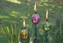 Garden Pretties / by Lisa Vineyard