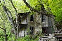 Haunted Tennessee / by Lisa Vineyard