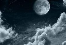 ☆ ℓυηε ☁️️ / ☁☆ La lune, de tout temps, a toujours suscitée la fascination.  Elle éclaire la nuit de sa lumière douce et mystérieuse. Elle change constamment son apparence, et se dévoile au gré du temps.  Parfois cachée derrière les nuages, parfois en croissant de lune, parfois pleine.. Elle reste captivante peu importe les circonstances. ☆☁ ๑~*·~☆~°¯°¯°~☆~·*·~๑๑~*·~☆~°¯°¯°~☆~·*·~๑ #Moon #Lune #PleineLune #FullMoon #満月 #만월