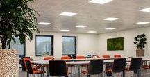 Project verlichting / Bekijk hier de highlights van de verlichtingsprojecten van Maas & Hagoort. Samen verlichten wij het werk van onze klanten, dat ziet u terug in de foto's op dit bord. Meer projecten zien? Kijk dan op www.maashagoort.nl