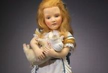 R. JOHN  WRIGHT CLOTH  DOLLS / Beautiful Felt dolls by doll artist R. John Wright