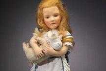 R. JOHN  WRIGHT CLOTH  DOLLS / Beautiful Felt dolls by doll artist R. John Wright