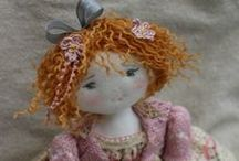 CLOTH  DOLLS  NO.3 / Cute cloth dolls from Le Jardin des Farfalous - not really sure who make these dolls
