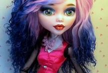 MONSTER  HIGH  DOLLS / Cute Monster high dolls