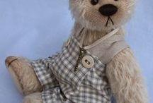 CUPBOARD  BEARS / Beautiful teddy bears by Cupboard bears