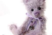 CHARLIE  BEARS / Beautiful teddy bears by Charlie Bears