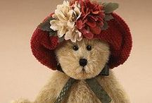 BOYDS  BEARS / Beautiful Teddy bears by Boyds bears