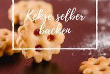 Kekse backen / Kokosbusserl, Vanillekipferl, Schokostangerl, Erdbeerwölkchen...