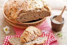 Bäuerinnen backen / Brot, Kuchen und süße und pikante Snacks aus dem Backofen der österreichischen Landfrauen.