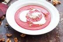 Suppe / Heiße Suppe aus dem Topf