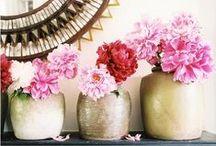Pretty Pretty Flowers / by Vardeaux