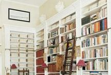 Lovely bookshelves / We could get lost in these shelves.
