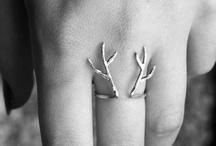 I'd wear that! / by Jennifer Van Wyngaardt