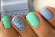 All Things Nail Polish / Nail polish ideas and inspirations, plus tips and tricks!