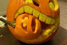 Ideas for: Halloween / Eat, drink and be scary / by Monica Acinom