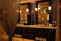 Decorating Ideas: Bathroom / by Monica Acinom