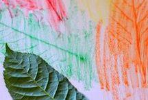 Herbst - Basteln mit Kindern / Hier findest du kreative Ideen, was du aus Kastanien, Zapfen und anderen Naturmaterialien alles tolles basteln kannst. Außerdem gibt es einfache Anleitungen für Dekorationen, Fensterbilder und Laternen sowie das nächste Halloween. Beliebte Themen sind Igel, Eule und Pilz, Blätter und Fledermaus.