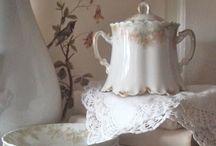 English Cottage Charm / by Karen Steele