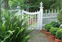 Garden Arbors, Gates & Paths / by Karen Steele