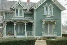 Victorian Houses / by Karen Steele