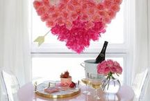 Valentine's Day / Whether you're putting together a party for your girls, that special someone or your kids, here are the best food, drinks and decor ideas for your Valentine's Day soiree! #valentinesday #valentinesdaydecor #valentinedecorations #valentinesdaycrafts