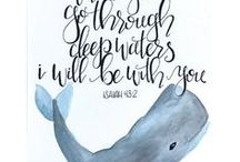 Inspirational Hand Lettered Quotes / Hand lettering is such a beautiful art form! The same phrase lettered by different people can look completely unique. Here I've compiled beautifully inspiring hand lettered scriptures and faith-based quotes.