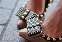 Zalando ♥ Shoes / Non possiamo non creare una board dedicata a loro...le #scarpe. Tutti/e ne abbiamo una dedicata a ogni occasione: per la sera, per la giornata lavorativa, per il jogging, per le feste, per la serata con le amiche. Alcune di queste sono presenti sul nostro sito, altre invece sono quelle che più ci sono piaciute di più su Pinterest! #shoes / by Zalando Italia