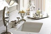 Bathrooms / by Lisa Bouchard
