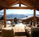 Alpine Chalets / Wundervolle Chalets mitten in den Bergen. Relaxen, feiern, Bergpanorama und Schnee genießen. Einfach traumhaft.   Wonderful chalets in the middle of the mountains. Relax, celebrate, mountain panorama and enjoy snow. Simply fantastic.