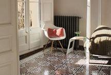 Böden / Zementplatten, Terrazzoplatten, Parkett, Fliesen ...