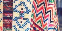 Point de croix / Cross stitch / Inspirations de broderies et motifs ethniques ou géométriques au point de croix.