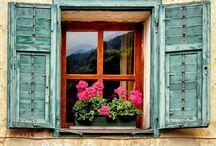 Ablakok, balkonok