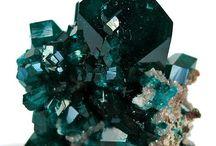 crystals / minerals