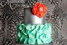 Cakes & Cupcakes.....:) / by Kaila Williams
