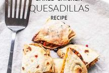 Great quesadillas recipes / Quesadillas recipes that you can make for a hearty lunch or a fast diner. Made with meat, poultry, fish or vegan. Pan fried or oven baked.