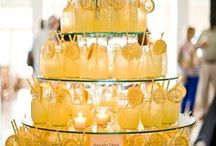 Hello Yellow | Wedding & Event Decor Inspiration / Add a pop of yellow to wedding, event, and party decor! Get inspired.