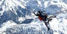 Saut en parachute en tandem à Courchevel / Avec Air Mauss Parachutisme, profitez du magnifique paysage de Courchevel vu du ciel et de l'expérience extraordinaire du saut en tandem : Montée en avion ou hélicoptère, chute libre et balade sous voile jusqu'à l'atterrissage !  https://air-mauss.com/fr/ou-sauter/10-courchevel.html