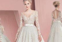 [dreamy wedding] / Here comes the bride!