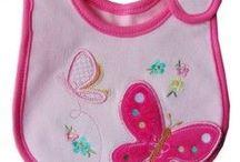 Bavoirs bébé en couture