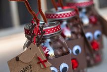 Christmas Gift Crafts / Ideas for crafts to give as gifts at Christmas