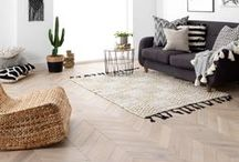 PARQUET FLOORING / Our parquet flooring is created with both natural form and long-lasting function. Laid to stand the test of time, it gets better with the memories of each footstep that's taken across its intricate patterns. Take a closer look with free samples from our website. #parquetflooring #parquetfloors #herringboneflooring