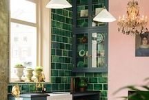 GREEN / Love decorating with green? Then you'll love this board. Find our favourite ideas for bringing the lovely colour into your home. #green #greendecor #greenstyle #greeninteriordesign #greenery