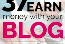 Make Money Blogging / How to make money from blogging. Blog Income reports and techniques to earn money from blogging. Tips on how bloggers earn income from home