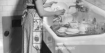 Maid / Я очень обожаю домашнюю работу. Готов целый день убирать, стирать, мыть посуду. Очень нравится смотреть, как делают эту работу другие.